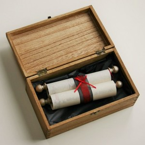 Oak stained wooden scroll box