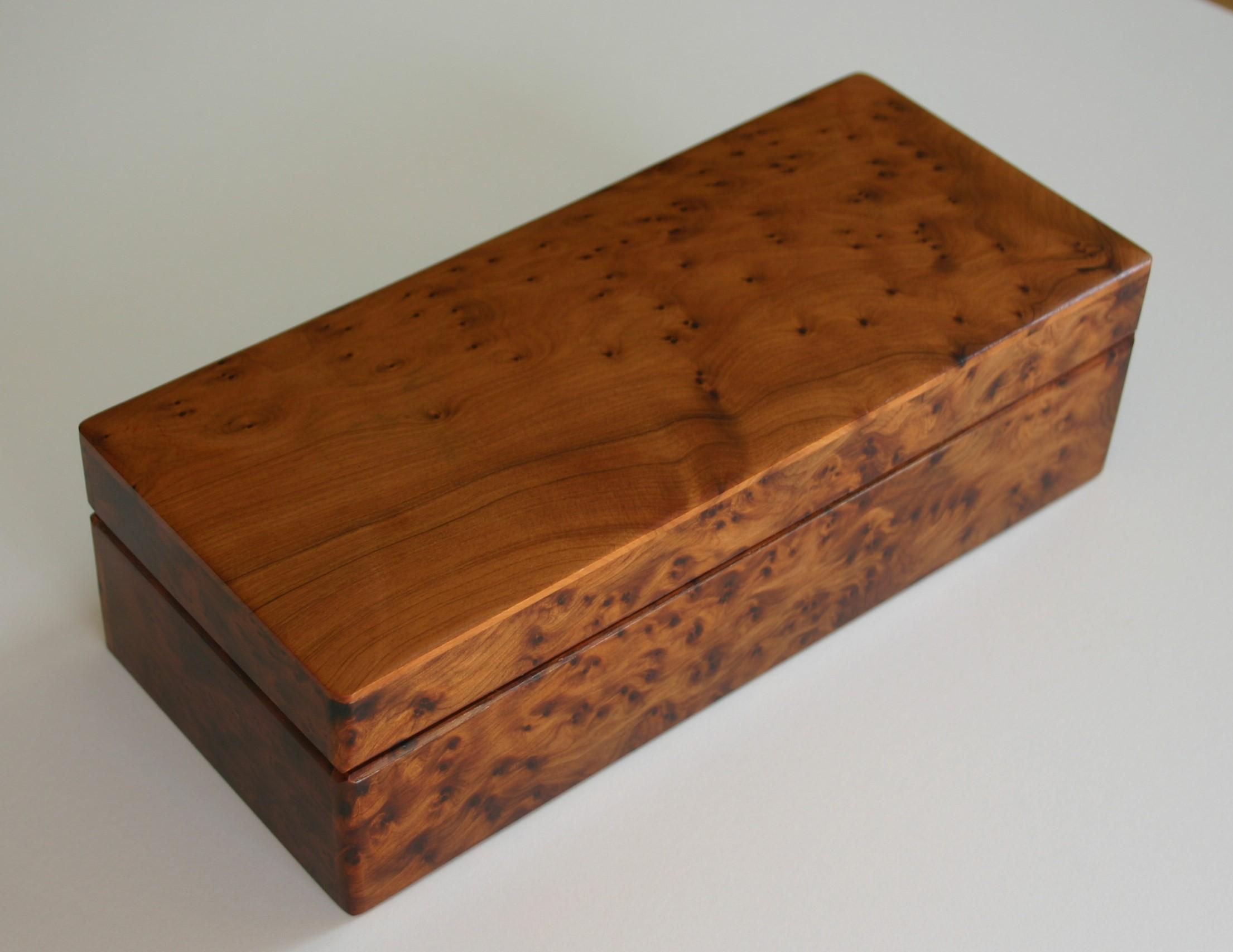 Wooden presentation box - Trinitybox